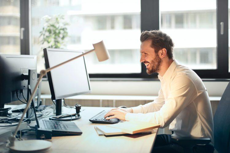 Webmail versus e-mailclients: welke moet je kiezen?